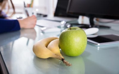 How to Help Hungry Employees Snack Healthy After the New Year